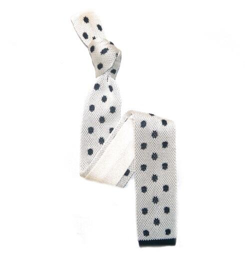 White/Navy Patterned Silk knitted Tie -0
